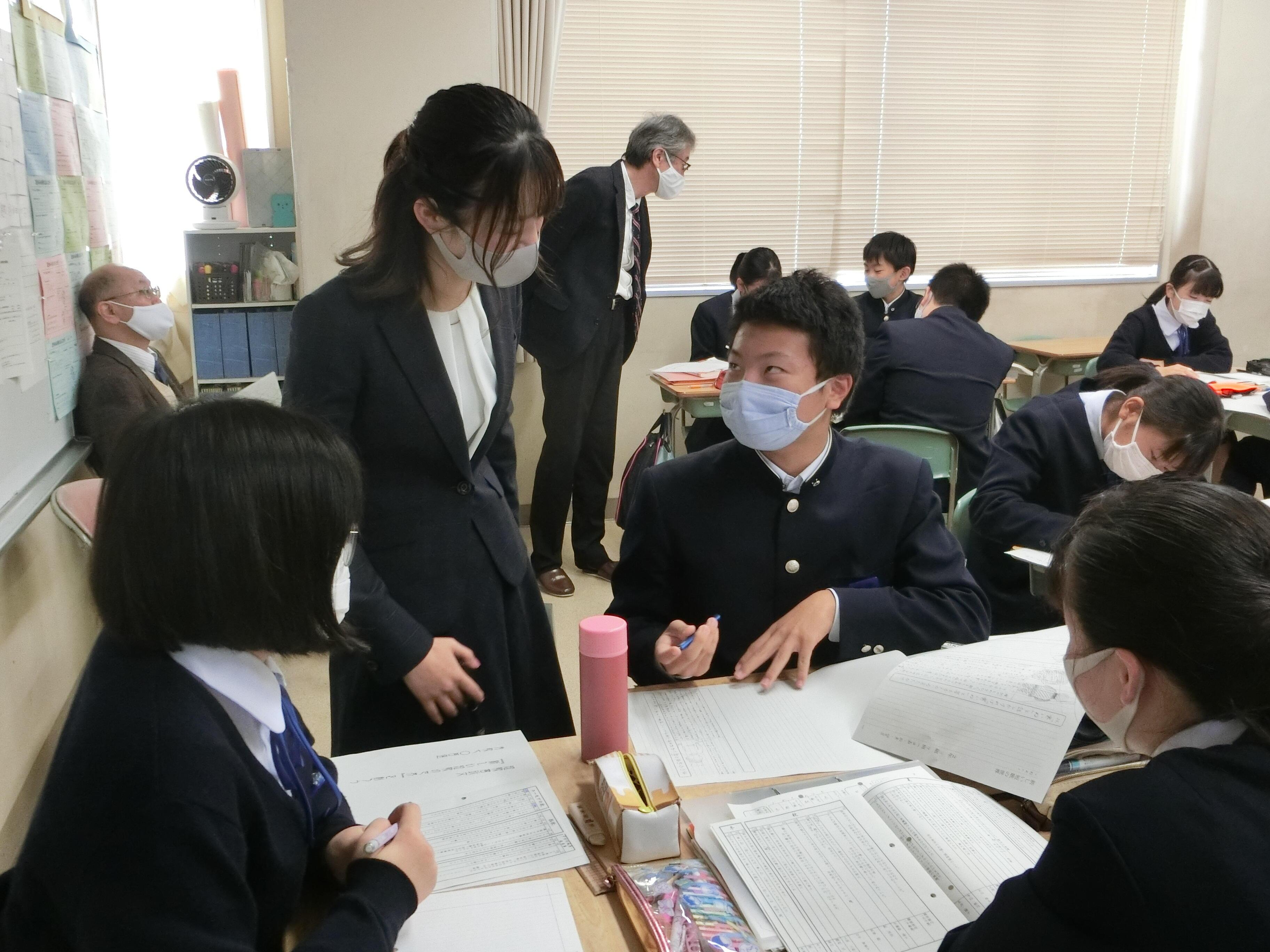 web10_huzoku_momotyuR2_1.JPG