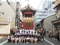web4momochu3_R.jpg